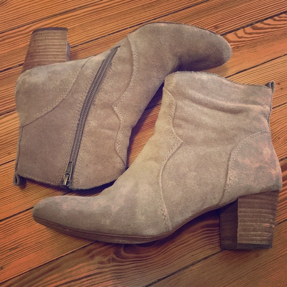 "7dc5981fa31 Steve Madden taupe suede ""hipster"" bootie"
